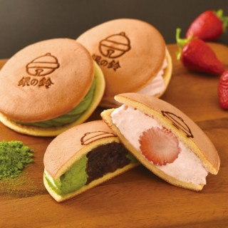 銀の鈴サンドパンケーキ